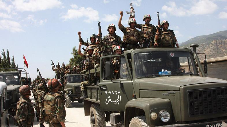 Syrian army advances against ISIS in southeastern desert