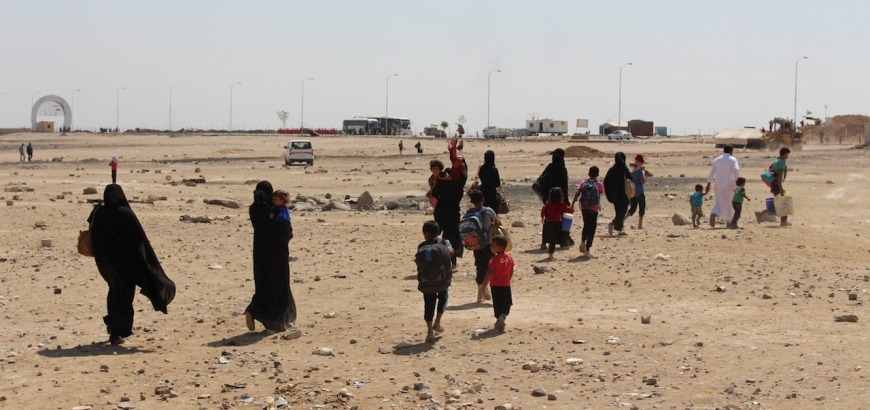 Thousands Flee Last Assault on ISIS