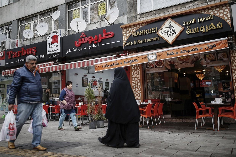 Syrian refugees who fled to Turkey face backlash
