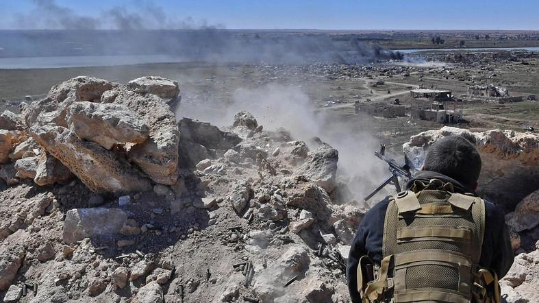 US-backed forces crack down on ISIS fighters in Syria's Deir al-Zor
