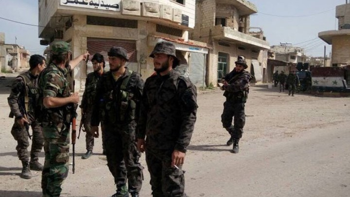 Regime Forces, Affiliated Militias Storm Daraa Town, Arresting Civilians and Military Defectors