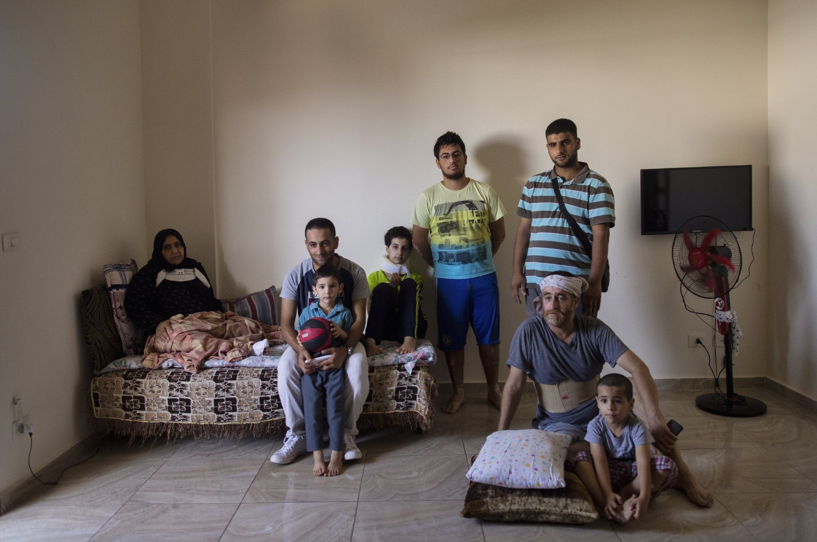 New regime policy hinders Syrians from returning home, rights group says