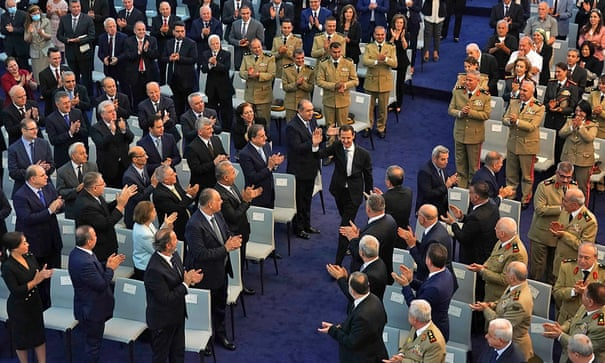 President Assad Takes Oath: We're Able to Build our Economy
