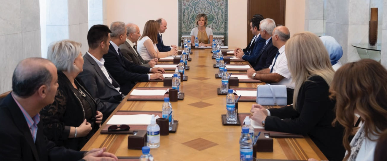 Asma al-Assad Discusses Student Loans Fund in Syria