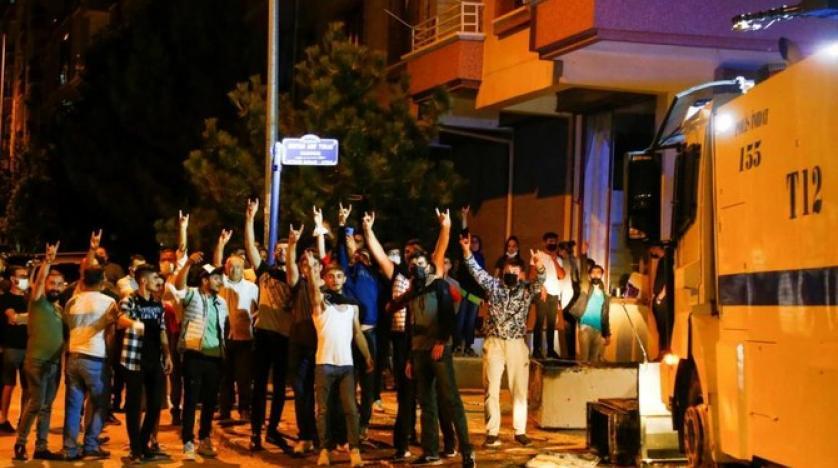 Anti-Syrian Violence in Ankara Pushes Police to Intervene