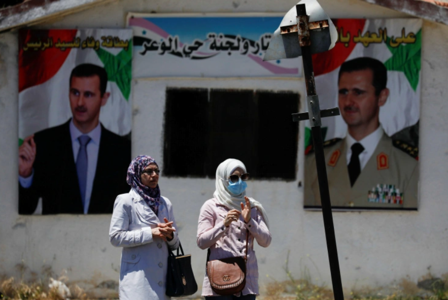 Rights Abuse Allegations as Displaced Syrians Head to Gov't Area