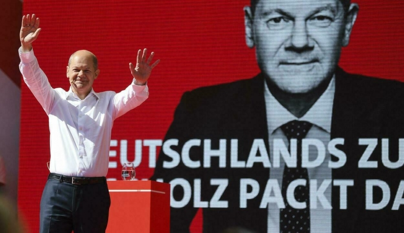 Three Germans of Syrian Origin Win Parliamentary Elections