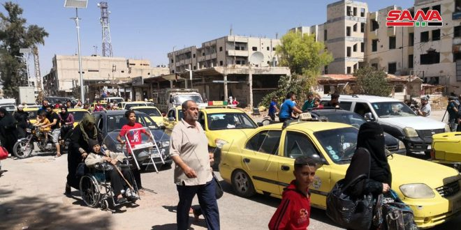 Thousands of Citizens Return to Daraa al-Balad After Army Expels Terrorists