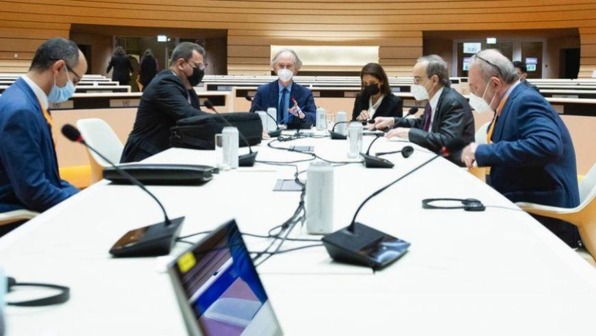Direct Meeting Between Opposition and Regime Delegations Ahead of Constitutional Talks, a First
