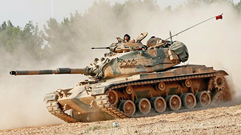 """Turkish Defense Minister Renews Threat to """"Alert"""" YPG"""