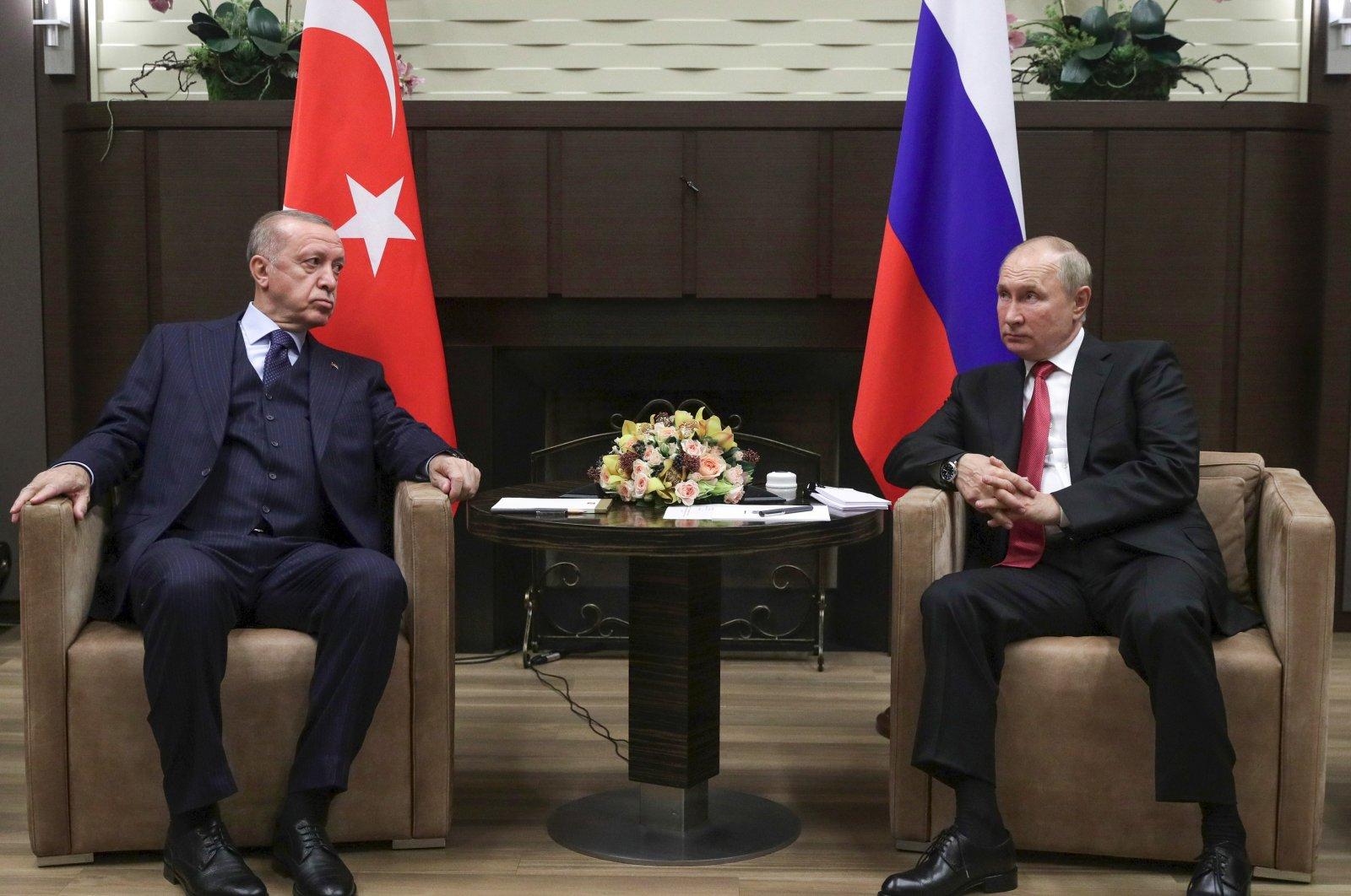 Erdogan Discusses Turkey-Russia Ties with Putin